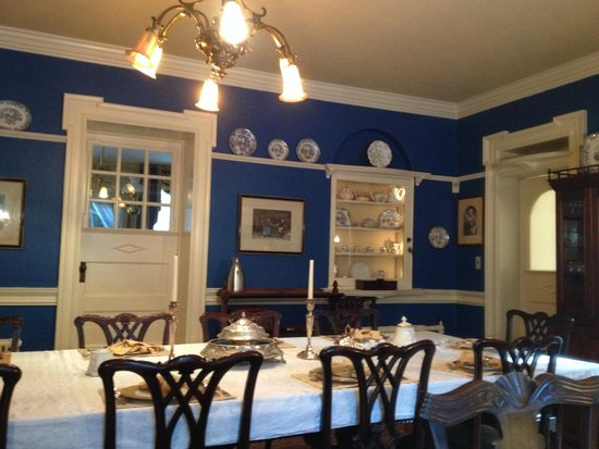 Hamanassett Bed & Breakfast: Indoor Breakfast Room