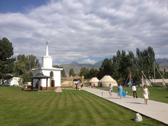 Знакомства киргизия бесплатно без регистрации