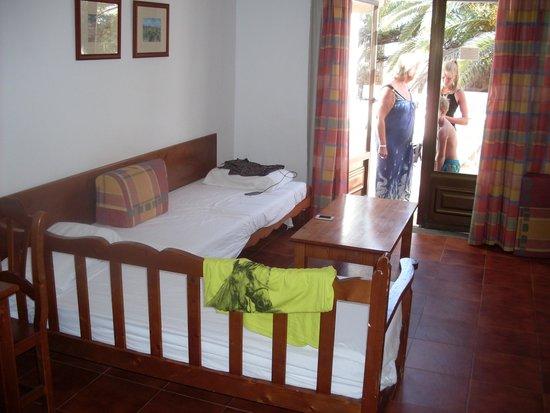 Hotel HL Río Playa Blanca: Sitting room