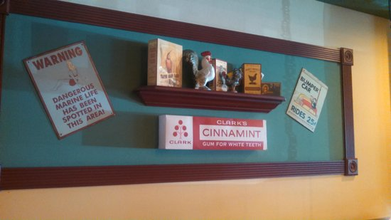 Amy's Omelette House: Typical Nostalgia Display