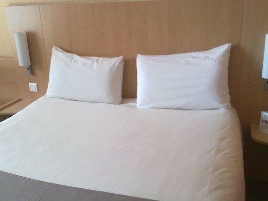 Ibis Nottingham Centre: Bed 2