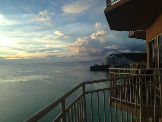 Outrigger Guam Beach Resort : Awe inspiring