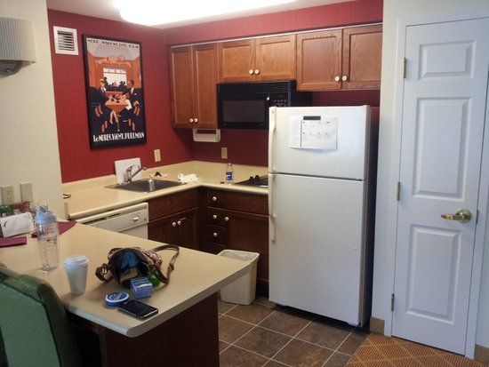 Residence Inn Toronto Markham: Kitchen
