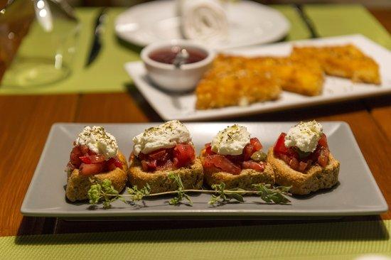 Mama's Dinner: Mama's Cretan Dakos