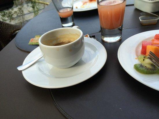 Tulip Inn Rio Copacabana: mmmm. Brazilian coffee.