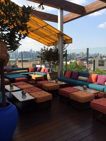 Terrasse Picture Of Mccarren Hotel Pool Brooklyn Tripadvisor