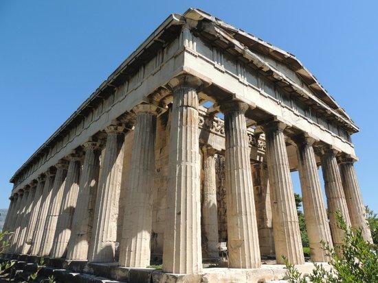 Temple of Hephaestus: Well preserved