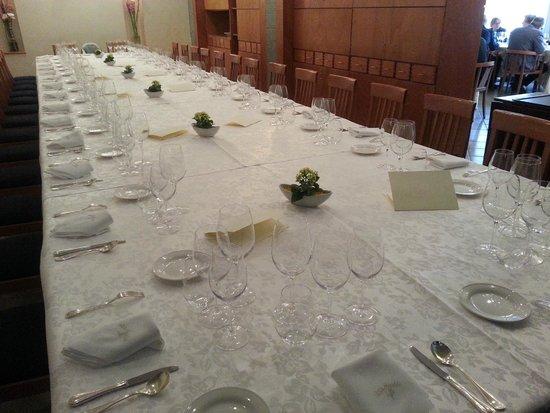 Villa Maiella: tavolo