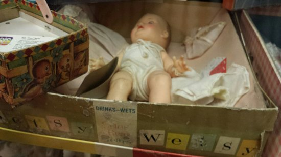 World's Largest Toy Museum : I had this doll
