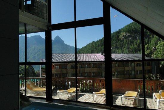 Hotel Club du Soleil Les Bergers : Point de vue de l'espace piscine