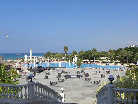 Starlight Resort Hotel: Main pool