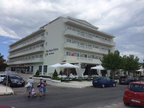"""Mayor Mon Repos Palace 'Art Hotel"""": Bilde av hotellet"""