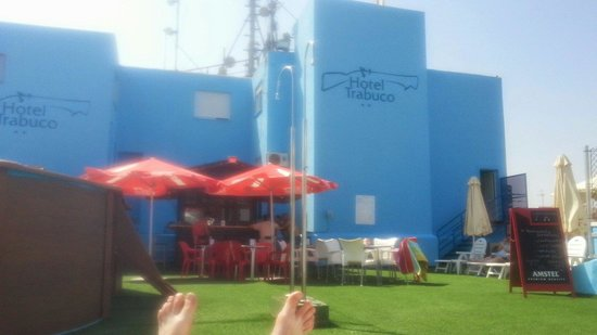 Hotel Trabuco: roof top bar. cheap beers and drinks
