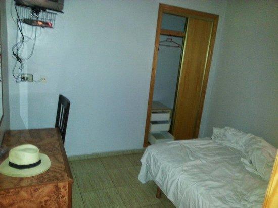 Hotel Trabuco: comfortable room.