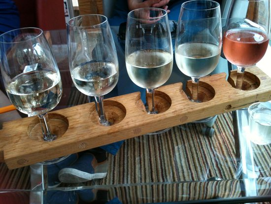Three Choirs Vineyards: Here are the five wines I chose arranged on a clever wooden thing.