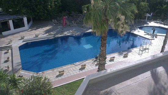 Tunisian Village : Main Hotel pool