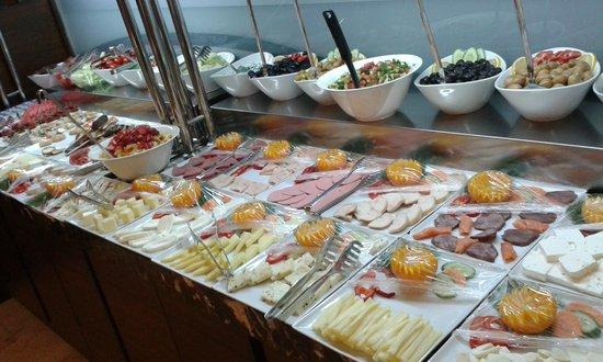 Eyuboglu Hotel: great choose of cheese and olives