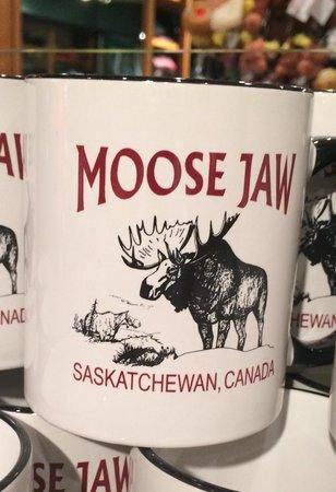 moose-jaw-phone-boob