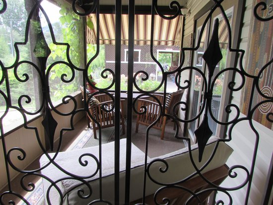 Glenoka Farm Bed and Breakfast : The veranda