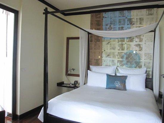 Hilton Hua Hin Resort & Spa : King Bed