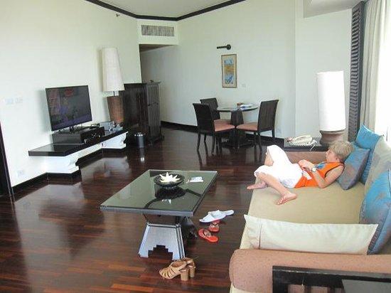 Hilton Hua Hin Resort & Spa : Linving&Dinning