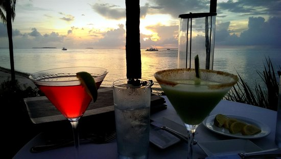 Marrero's Guest Mansion: Sunset drinks at Latitudes. Reserve well in advance!