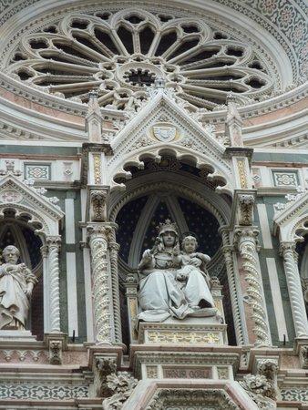 Piazza del Duomo : Détail 1