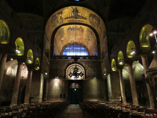 Markusdom (Basilica di San Marco): teto da nava central horizontal