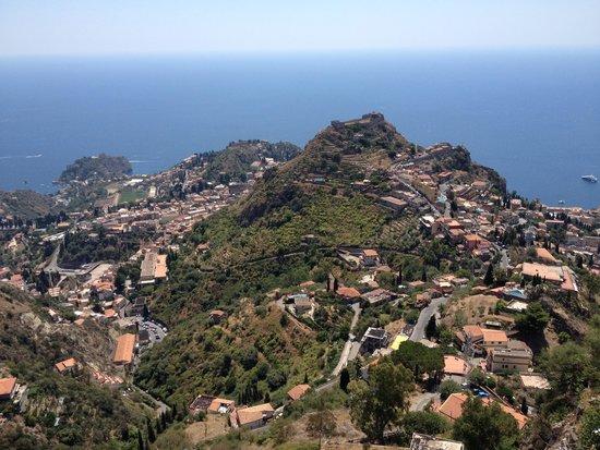 Castillo de Castelmola : View of Taomina