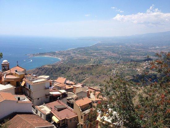 Castillo de Castelmola : View of Coast