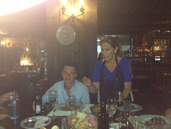 Restaurante La Brasa: The wonderful Spanish owner