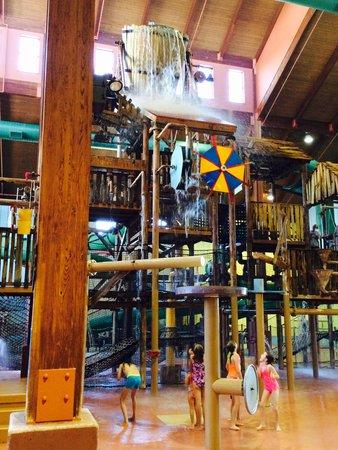 Grand Country Resort: Indoor water park
