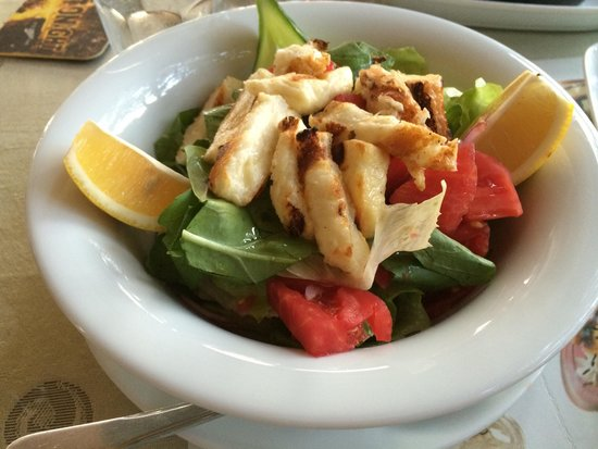 Demeter Bar & Restaurant: Halom salad