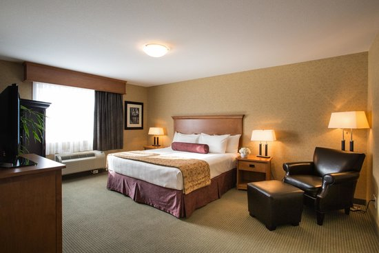 BEST WESTERN Sicamous Inn: Executive bedroom