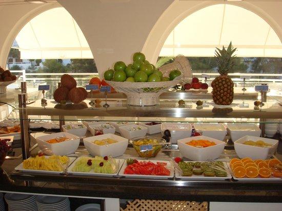 TUI SENSIMAR Rocador : Elke dag vers fruit.