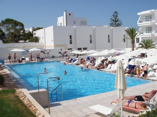 TUI SENSIMAR Rocador : Het zwembad.