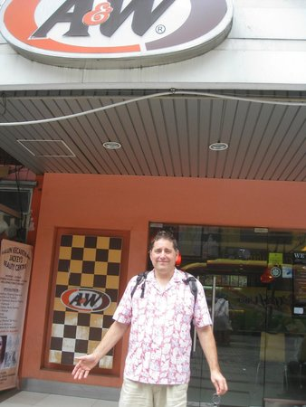 A & W Family Restaurant (Central Railway Station) : A&W up the road in Little India, can't find the other images.