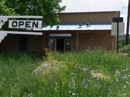 Three Ravens Coffee House : Three Ravens