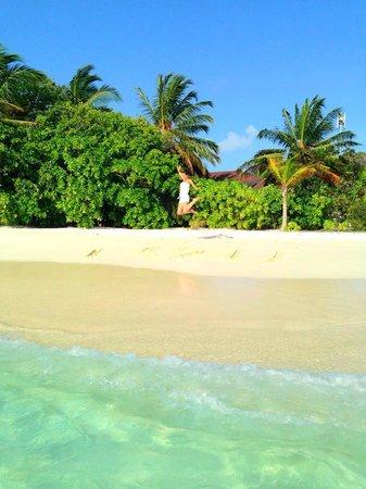 Komandoo Maldives Island Resort : <3