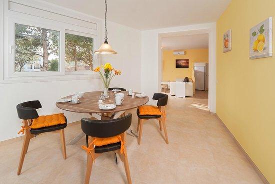 Apartamentos Mar y Sol: Esszimmer
