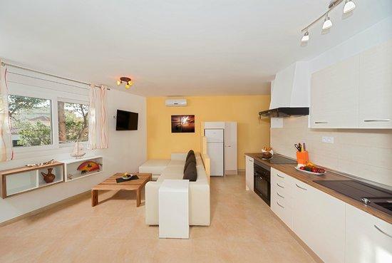 Apartamentos Mar y Sol: Wohnhzimmer