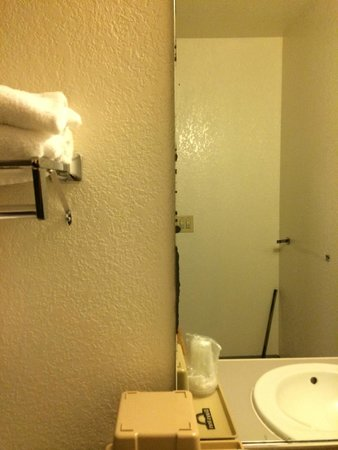 Hotel Solares: This mirror has seen better days, but it's in good shape compared to the room.