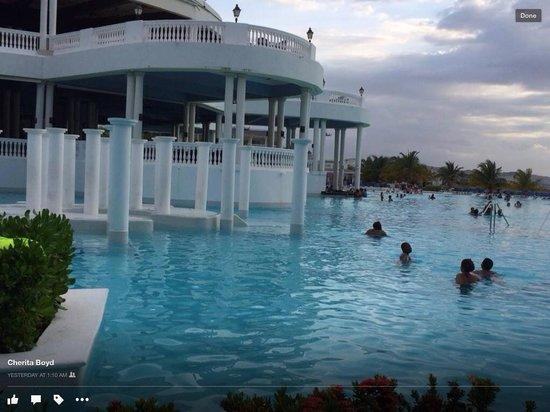 Grand Palladium Jamaica Resort & Spa: The pool area