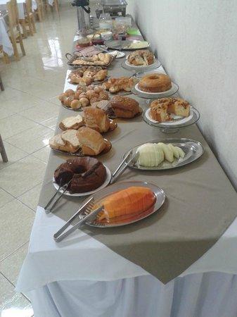 Bandeira Iguassu Hotel: Restaurante - Café da Manhã