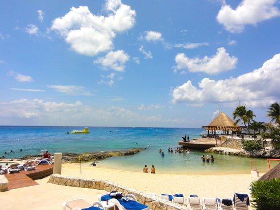 Grand Park Royal Cozumel: Beach area