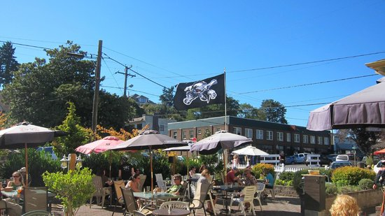 Klondike Restaurant & Bar: The Klondike during Pirate Fest