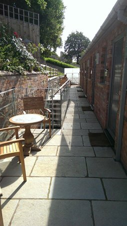 The Rest: Outside seating area.