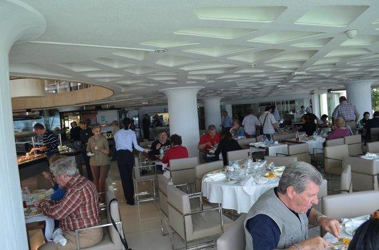 Bahia Principe San Felipe: Vista general del Restaurante