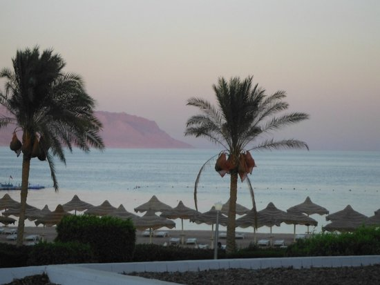 Baron Resort Sharm El Sheikh : View from the room at sunset - paradise