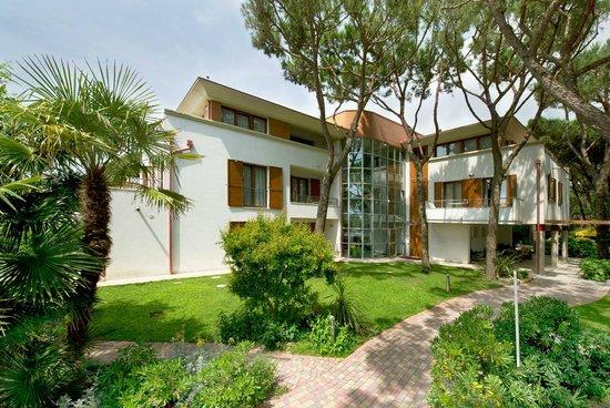 Park Hotel Pineta - Family Relax Resort: La costruzione moderna della dependance suite